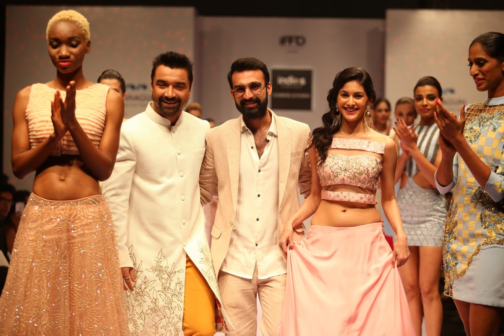 Showstoppers Ajaz Khan & Amyra Dastur